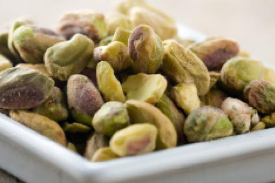 Photo: Bowl of pistachios