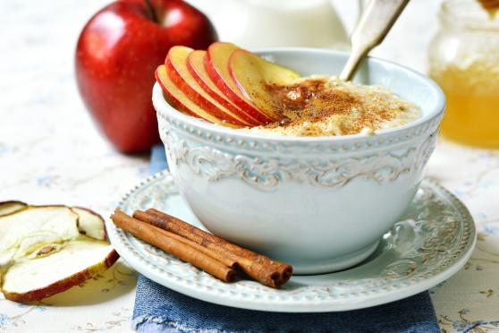 Apple-Cinnamon Oatmeal