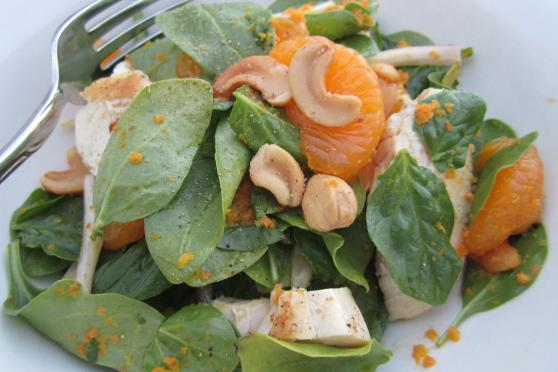 Mandarin Spinach Salad with Carrot-Ginger Dressing