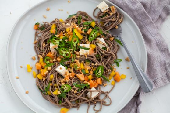 Soba Noodles with Tofu and Papaya